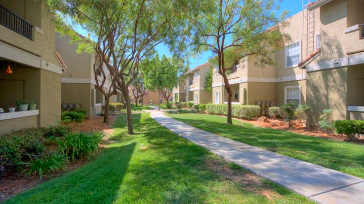 Ridgewood Village Apartments - Exterior