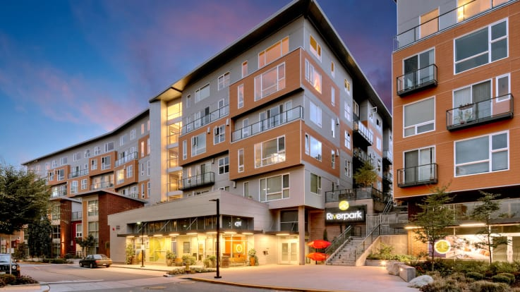 Riverpark Apartments - Exterior