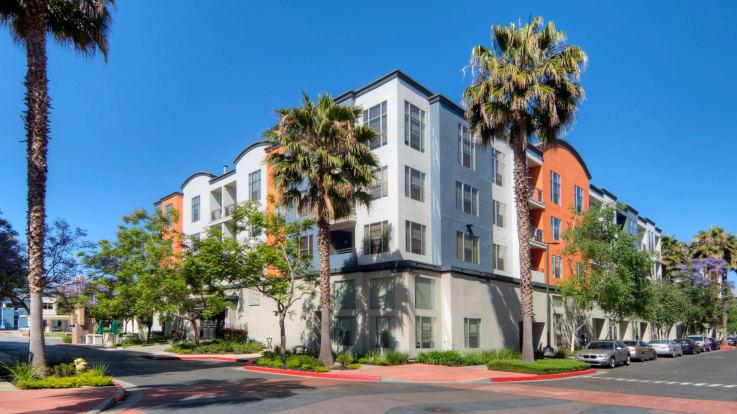 Archstone Fremont Center Apartments - Exterior