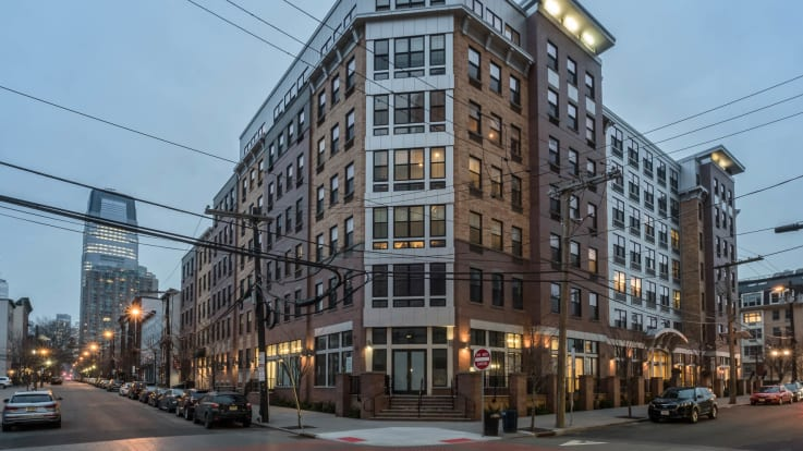 Madox Apartments - Building Exterior