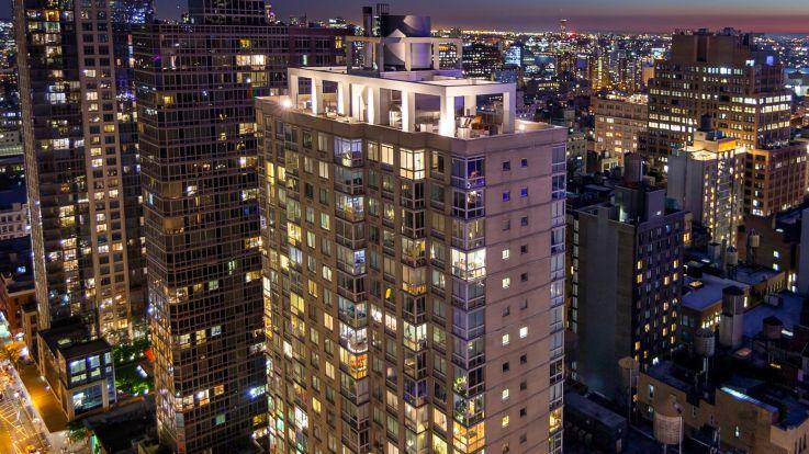777 Sixth Avenue Apartments - Exterior