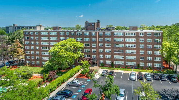 Walden Park Apartments - Building