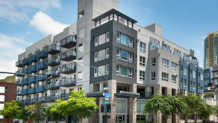 Market Street Village Apartments Downtown San Diego 699 14th