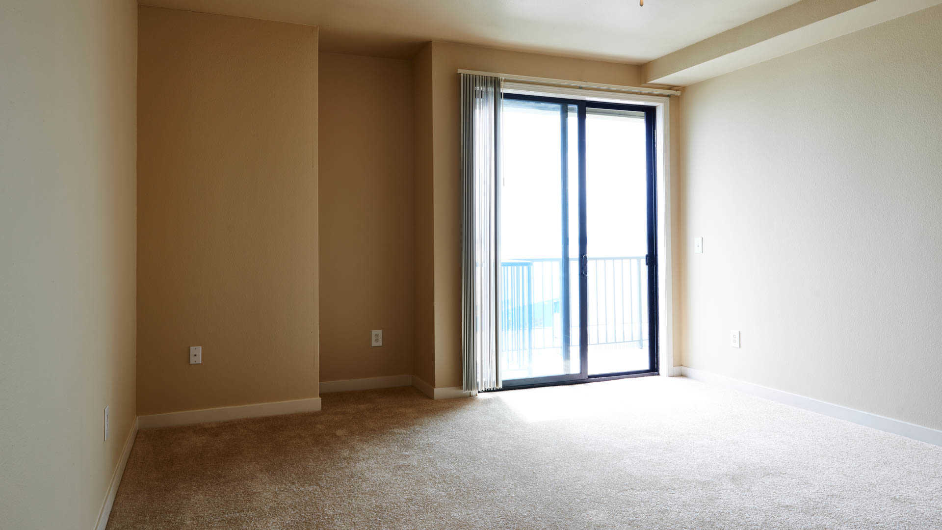2300 Elliott Apartments reviews in Belltown - 2300 Elliott Avenue ...