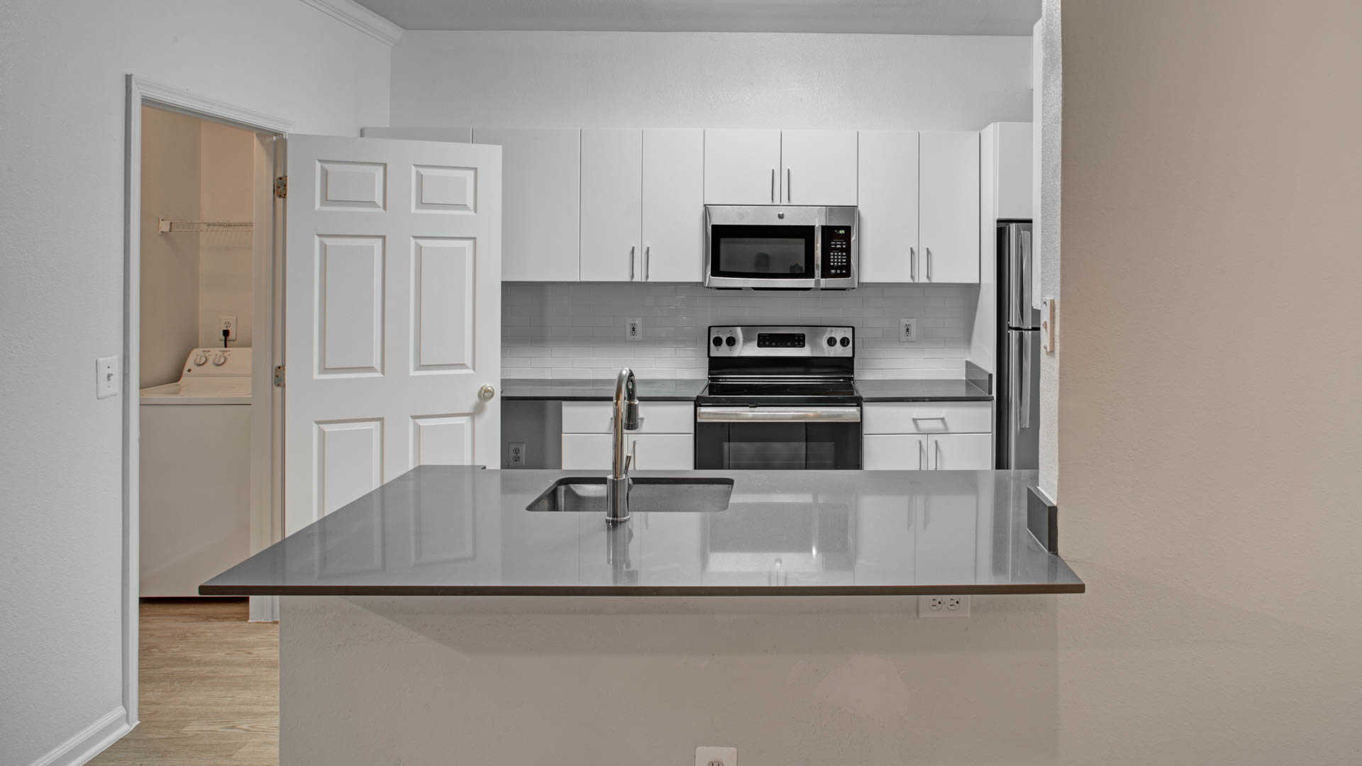 Superb Reserve At Potomac Yard Apartments Reviews In Alexandria   3700 Jefferson  Davis Hwy | EquityApartments.com