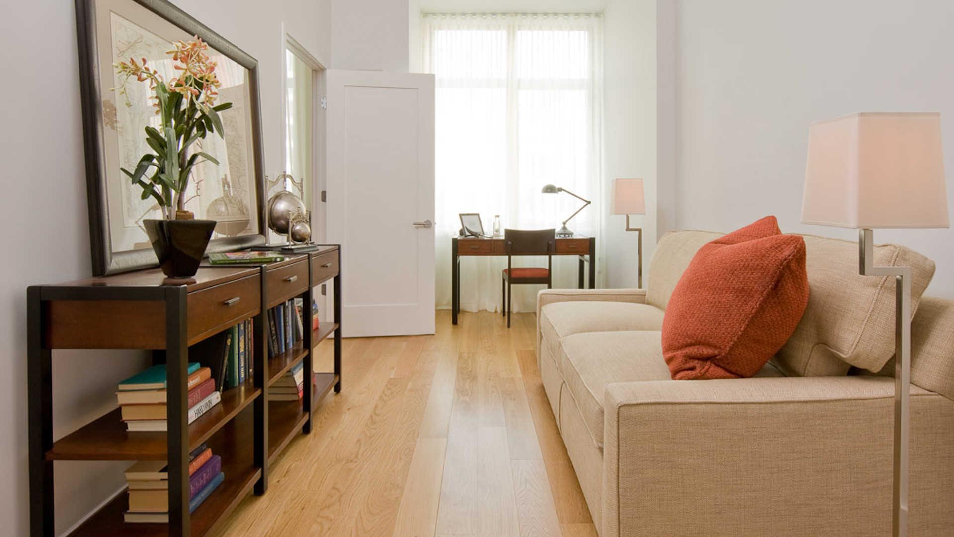 Third square apartments den