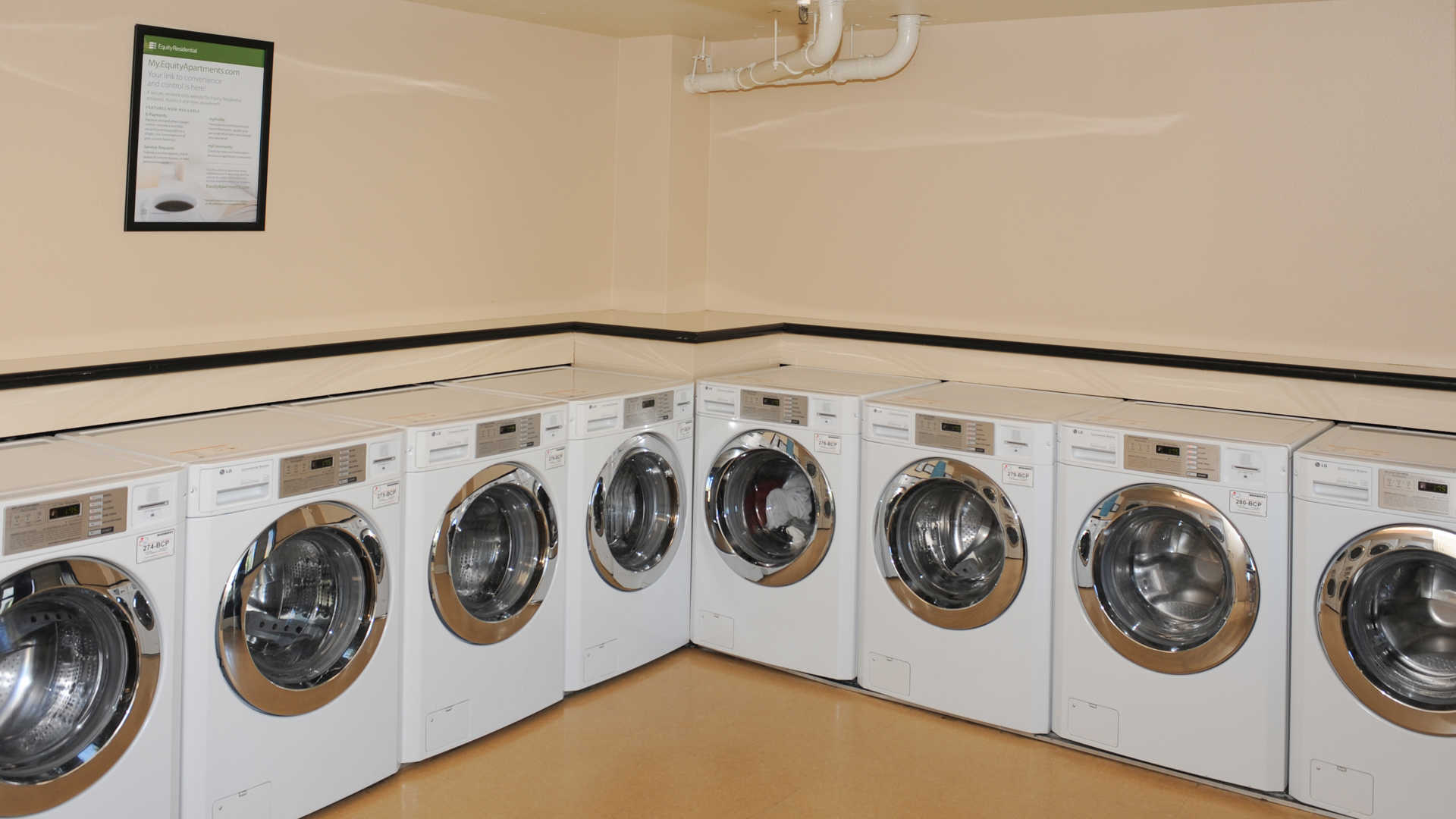 Geary courtyard apartments laundry facility