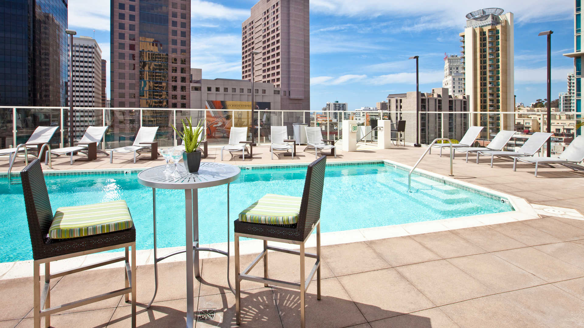 Vantage Pointe Apartments Reviews In Downtown San Go 1281 9th Avenue 112 Equityapartments