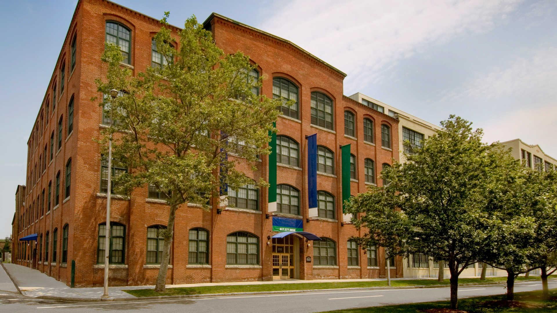 Lofts at kendall square apartments exterior