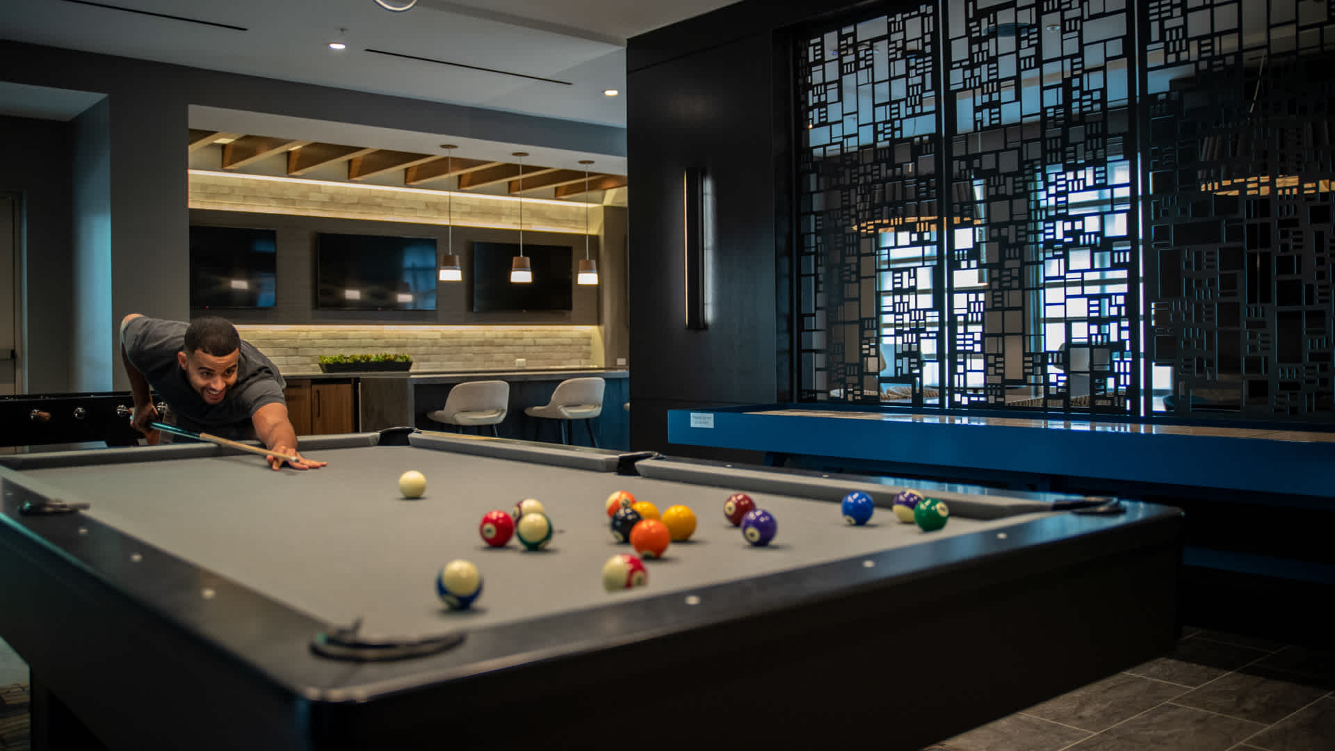Club Room with Games