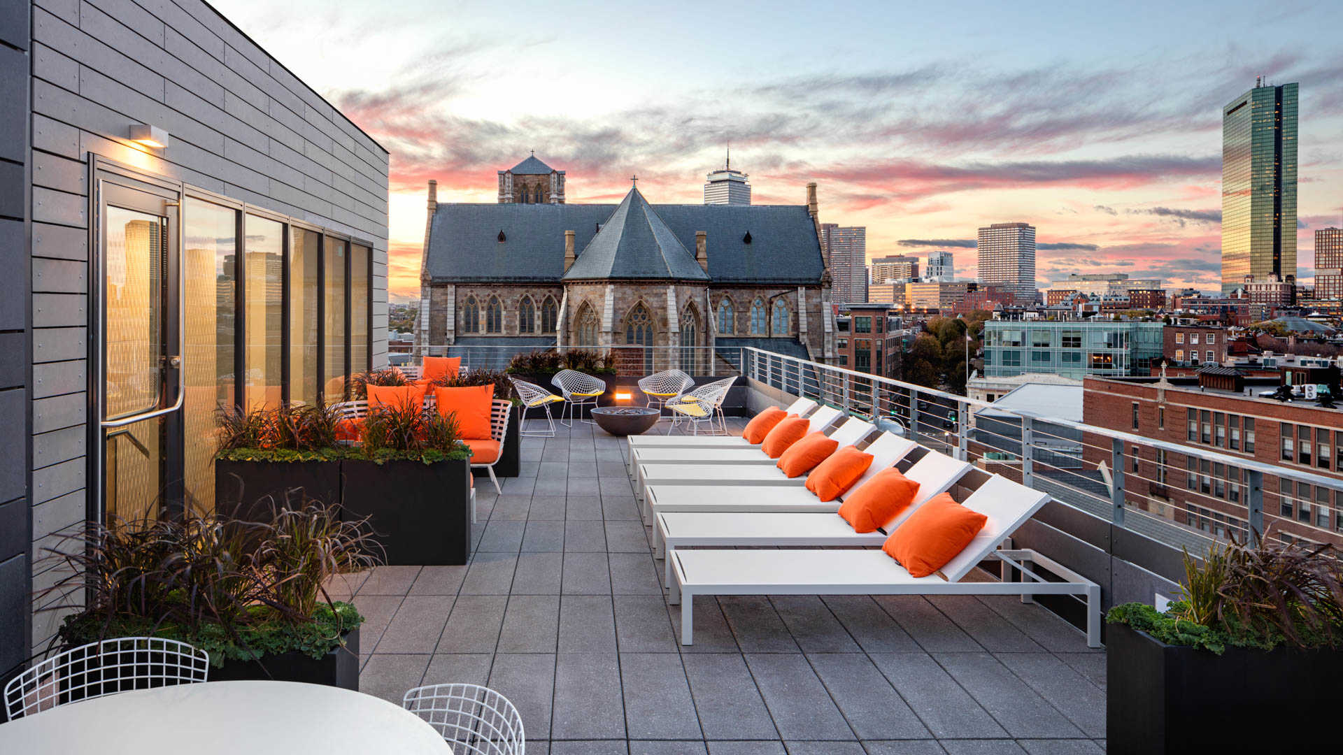 Girard apartments roofdeck