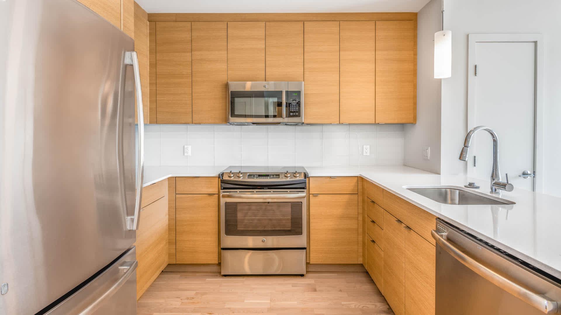 Girard apartments kitchen