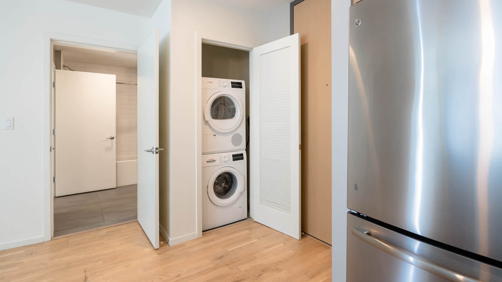 Girard apartments in home washer and dryer